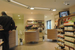 De Lindeboom Apotheker Retail Office